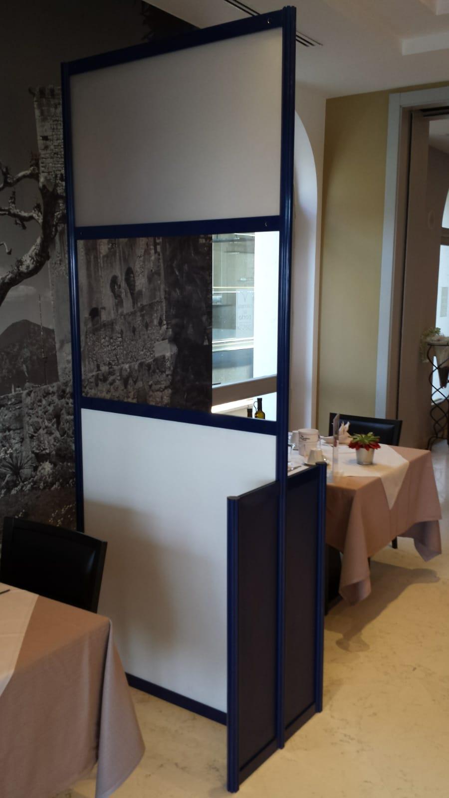 Barriere plexiglass anti covid per uffici, banconi e ristoranti